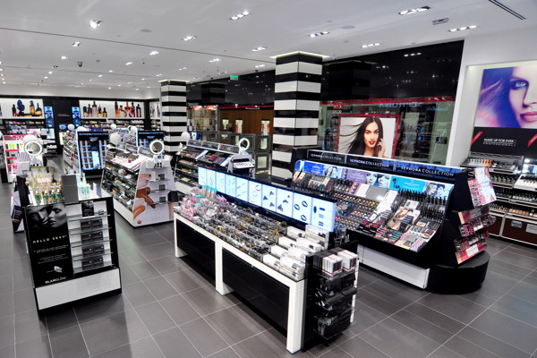 Sephora invests in Brazilian women's