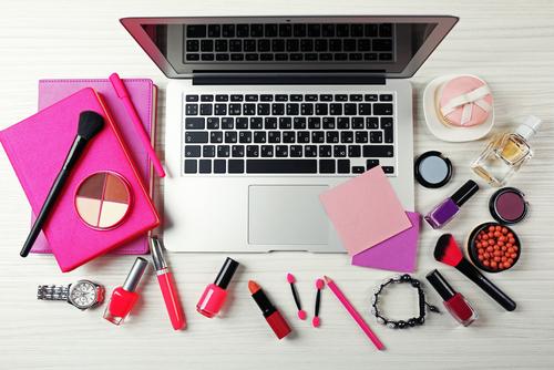 Premium beauty news makeup in paris l heure du digital for Salon du digital