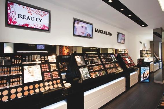 Premium beauty news artdeco inaugurates its first for Hair salon paris france
