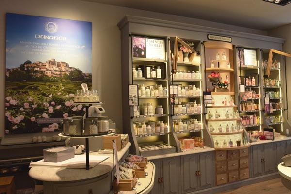 premium beauty news durance inaugure paris son nouveau concept de magasin