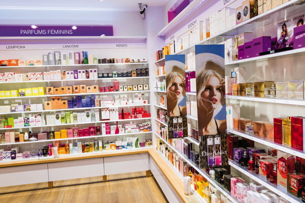 Premium beauty news beauty success revoit son concept et for Meubles nouveau concept
