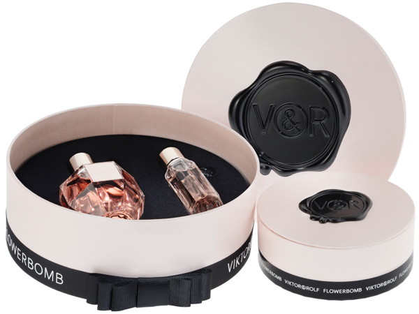 premium beauty news coffret f te des m res viktor rolf. Black Bedroom Furniture Sets. Home Design Ideas