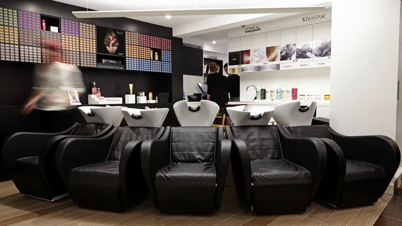 Premium beauty news l or al wants to modernise 6 000 hairdressing salons in france and europe - Salon de coiffure shampoo ...