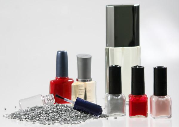 premium beauty news ems grivory des flacons en plastique pour les vernis. Black Bedroom Furniture Sets. Home Design Ideas