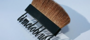 Texto, the new brush by Cosmogen carries the message of your choice: horizontally or vertically, in color, black or white.