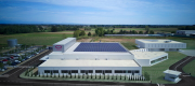 The 8,700 m2 of the new Omnibus manufacturing site, including the production halls, are completely self-sufficient in terms of electricity consumption thanks to a geothermic system and 260KW photovoltaic panels placed on the roof.