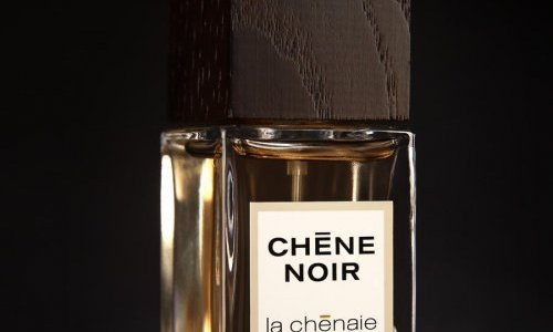 Coverpla supplies the complete primary pack for La Chênaie's perfumes