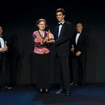 Jean-Baptiste Dabadie receives the award in the name of Asiapack