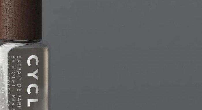 Maison Violet choisit une offre de flacon rechargeable en verre allégé Coverpla