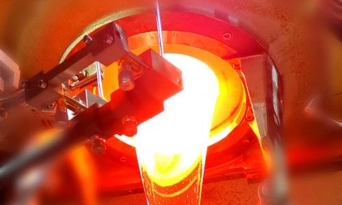 Stoelzle Masnières Parfumerie starts up its brand new furnace