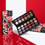 Les produits issus de la collection de maquillage Coca-Cola x Morphe. (Photo : © Courtesy of Coca-Cola x Morphe-
