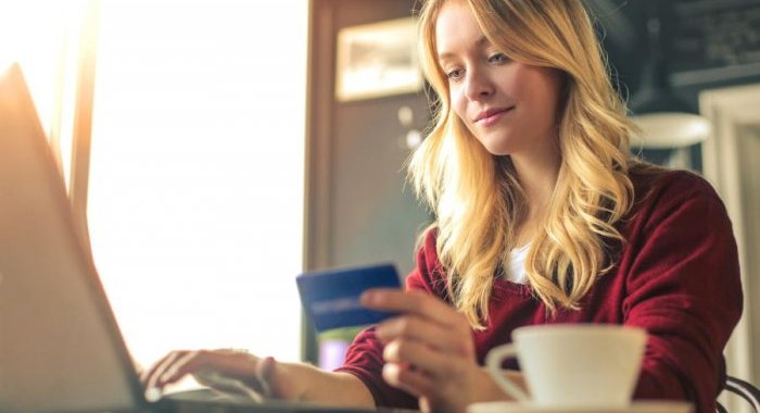 Online beauty purchases are appealing, under certain conditions