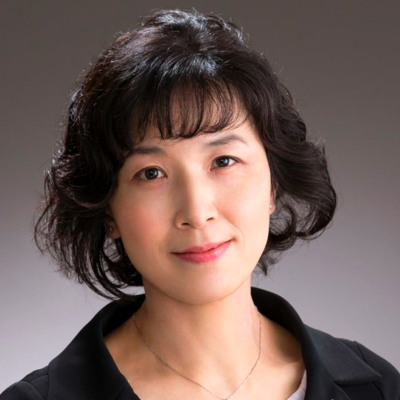 Professor Emi Nishimura won the 2015 Chanel-CE.R.I.E.S. Research Award for its work on cutaneous stem cells.