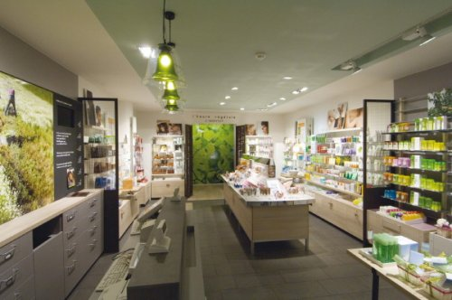 The Atelier of Botanical Beauty