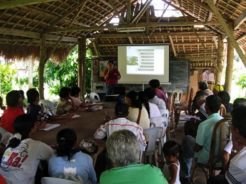 Coconut farmers training in Mindanao region (photo GIZ Gabor...