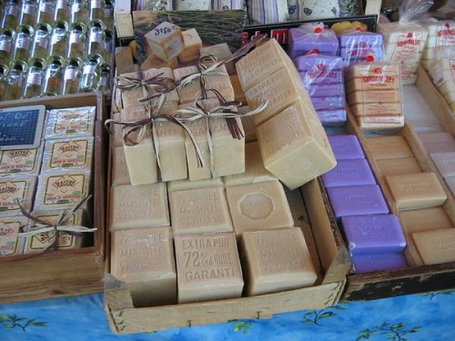 Soaps based on oil palm