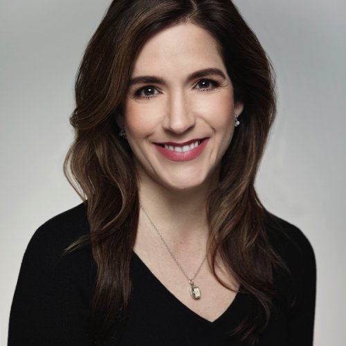 Beth DiNardo is appointed Global Brand President, Smashbox and...